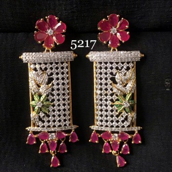 A INDIAN TRADITIONAL TOUCH WEDDING WEAR AD EARRING