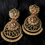INDIAN TRADITIONAL WEDDING  EARRING WITH CHAMPAGNE COLOR STONE AND PEARLS