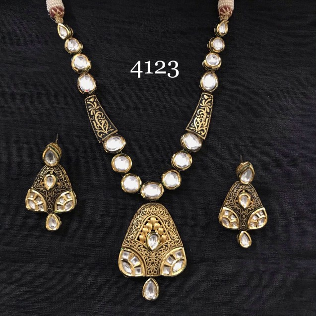 Zaveri Golden Work Non Precious Metal With Kundan Polki Necklace Set