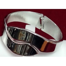 Bracelet with White Polish for Party and Casual wear